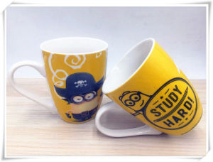2017 New Design with Cute Minions Ceramic Milk Mug pictures & photos