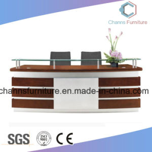 Modern Design Wooden Desk Furniture Reception Table pictures & photos