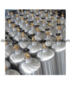 Features of Aluminium Alloy CO2 Cylinder pictures & photos