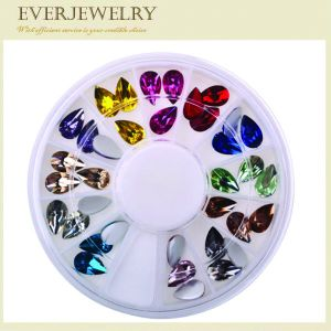 Wholesale Flatback Nail Diamond and Nail Art Rhinestone, Nail Crystal Beads pictures & photos