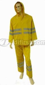 Reflective Split PVC Polyester Rain Suit with Hood pictures & photos