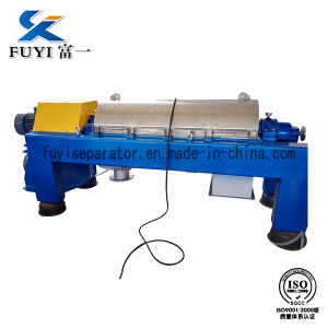China Manufacture Wastewater Treatment Decanting Centrifuge pictures & photos