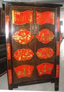 Chinese Antique Furniture Painted Big Cabinet pictures & photos