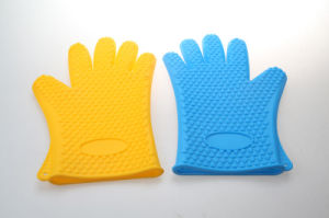 Heat Resistant Silicone Oven Mitts pictures & photos