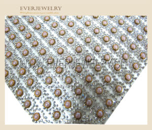 24*40 Factory Wholesale Crystal Rhinestone Mesh Trim Adhesive Resin Stone Mesh Trimming pictures & photos
