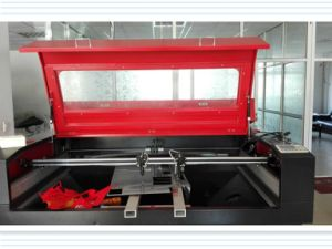 Laser Cutting Machine for Textile Industry with Excellent Quality pictures & photos