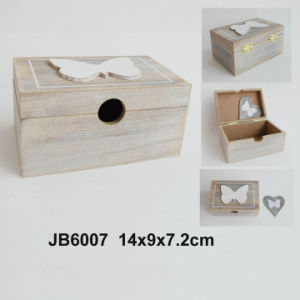 New Vintage Wooden Heart Photo Frame pictures & photos