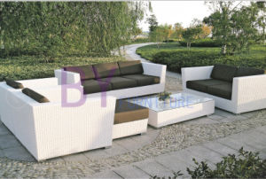 4 PCS White Luxury Villa Patio Garden PE Rattan Sofa pictures & photos