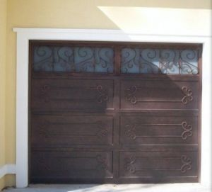 High Quality Elegant Garage Door Made in China pictures & photos