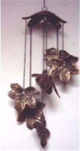 Hanging Decoration in Leaf Design for Garden Home Decoration