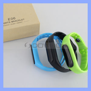 Bluetooth Sports Fitness Tracker Smart Wristband Bracelet pictures & photos