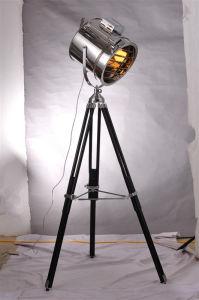 Modern Decorative Metal Tripod Adjustable Floor Light pictures & photos
