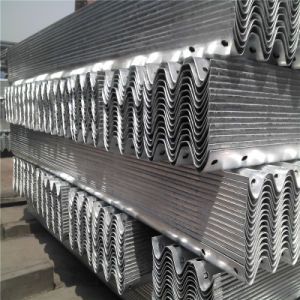 Ce Certificate Hot DIP Galvanized Coated W Beam Highway Guardrail for Sale pictures & photos