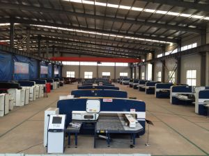 Qingdao Dadong CNC Turret Punching Machine pictures & photos