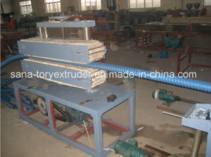 PVC Corrugated Pipe Extrusion Production Line/Plastic Pipe Machine pictures & photos