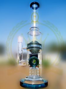 Yellow Decoration Recycler Glass Water Pipe with Honey Comb Diffuser for Smoking pictures & photos