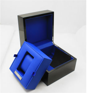 High Gloss Black Wooden Single Watch Display Box pictures & photos