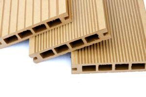 Wood Plastic WPC Profile Production Line (JG-MSX) pictures & photos