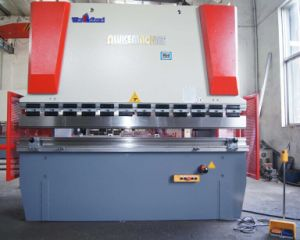 Hydraulic Plate Press Brake WC67Y-63T/2500 pictures & photos