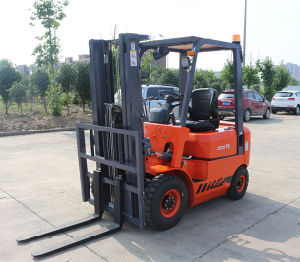 1.5tons Mini Diesel Forklift pictures & photos