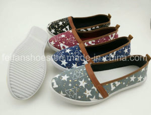 Latest Women Slip-on Canvas Shoes Casual Shoes Injection Footwear (CIMG1901) pictures & photos