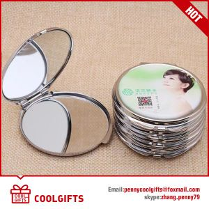 Small Bronzed Metal Hollowed Engraving Pocket Mirror, Gift Mirror pictures & photos