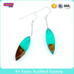 Custom Resin Wooden Earrings for Girls pictures & photos