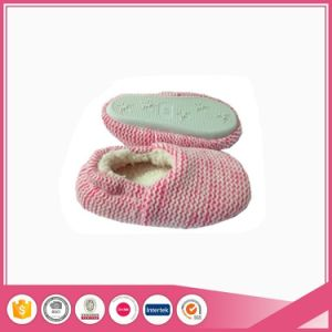 Melange Pink Infant Baby Indoor Soft Slippers pictures & photos
