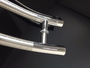 Satin+DOT Color Stainless Steel Handle Tube S Style Glass Door Hardware pictures & photos