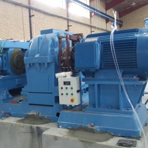 Xkp-560 Rubber Roller Griner Scrap Tire Recycling Crusher Machine pictures & photos