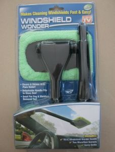 Hot Sale Windshield Wiper Wonder Brush Cleaning Car Brush pictures & photos