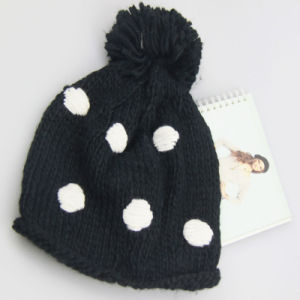 POM Poms Hat Knitted Pattern Beanie, Knitted Hat, fashion Winter Ladies′ Hat pictures & photos