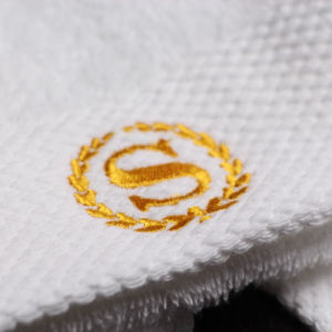 100% Cotton Soft White Customized Logo Hotel Hand Towels pictures & photos