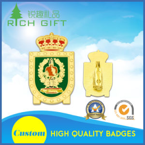 Manufacture Supplies Enamel Badge with Free Design pictures & photos