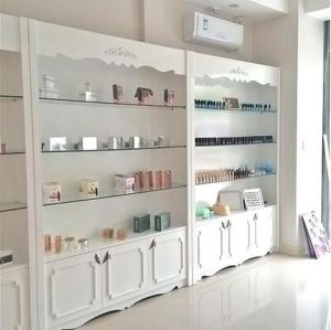 Cosmetic Showcase Cosmetic Display Rack (GZ-0032) pictures & photos
