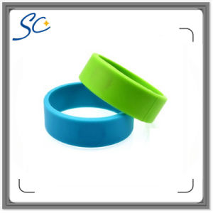 Cheapest Hot Selling RFID Wristbands Dia 61/67mm pictures & photos