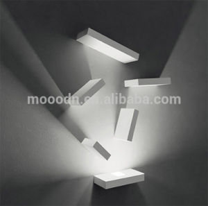 Modern Flexible Rotatable White Die Cast Aluminum Square Cube 20W Epistar COB LED Wall Lamp pictures & photos