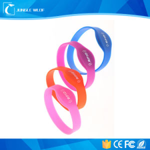Silicon Wristband Used for Swimming Pool and Club pictures & photos