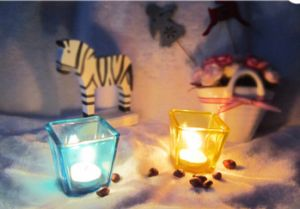Free Sample Provide Small Size Square Clear Spray Color Glass Candle Holders pictures & photos