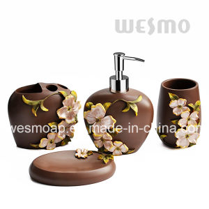 Flowery Polyresin Bathroom Set (WBP1065A) pictures & photos