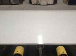 Crystal White Quartz Stone for Countertop/Kitchen Top pictures & photos