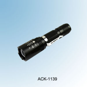 10W CREE Xm-L T6 Rechargeable Zoomable Aluminum Portable Flashlight pictures & photos