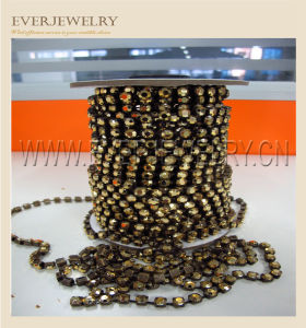 Rhinestone Cup Chain Golden Gold Gold Hematite pictures & photos