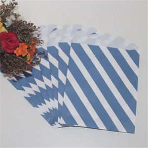 Hogift Cheap 2016 Christmas Party Paper Bags Eco-Friendly pictures & photos
