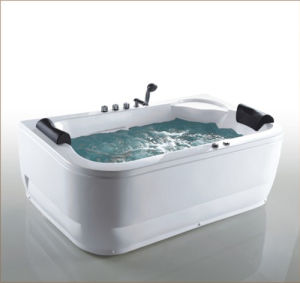 Classic Jacuzzi Bathtub of New Arrival pictures & photos
