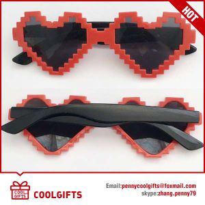 2016 New Santa Claus Sunglasses for Promotional Christmas Party Gift pictures & photos