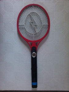 Handheld Rechargeable Mosquito Killing Swatter pictures & photos