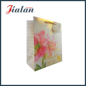 Gold Foil Flower Design Paper Bag with Tag pictures & photos
