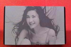 China Hot Sale Raycus Fiber Laser 20W Metal Label Marking Machine pictures & photos
