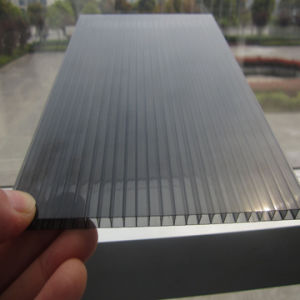 Twin Wall Transparent Hollow Polycarbonate Roofing Sheet pictures & photos